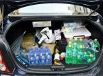 夏天瓶装水饮料放在汽车后备箱到底会不会有毒?