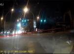 (原创)视频: 红灯刚变绿灯速狼一样的窜过,危险啊